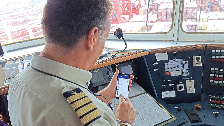 Smartphone ersetzt Logbuch - eine Revolution in der Schifffahrt, Bild: NautilusLog