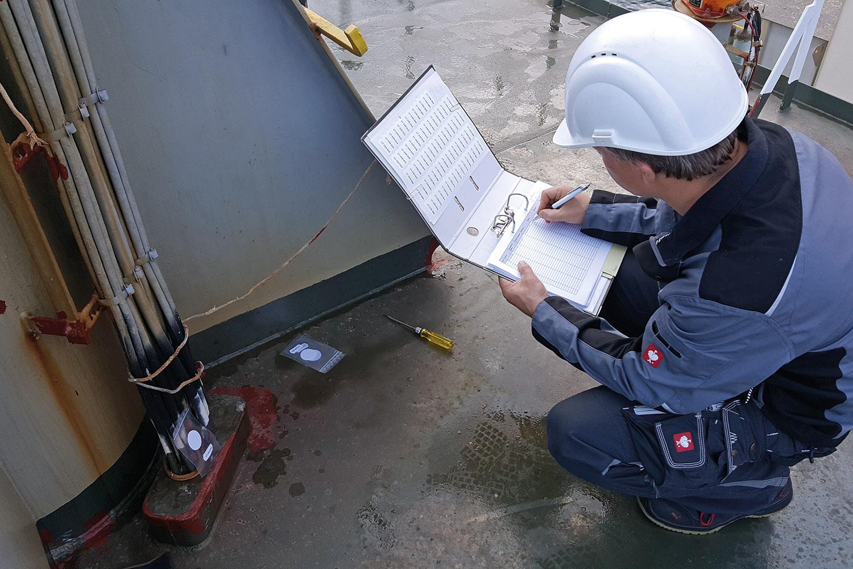 Neden der Brücke sind noch zahlreiche weitere Logbücher schiffsweit im Einsatz, Bild: NautilusLog