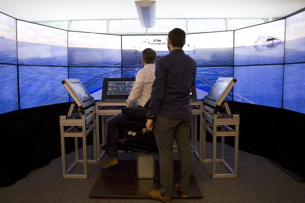 Mobile Schiffsbrücke - Navigations- und Brückensysteme simulieren
