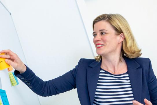 Portrait von Inke Onnen-Lübben, Digitale Botschafterin des Mittelstand 4.0-Kompetenzzentrum Bremen