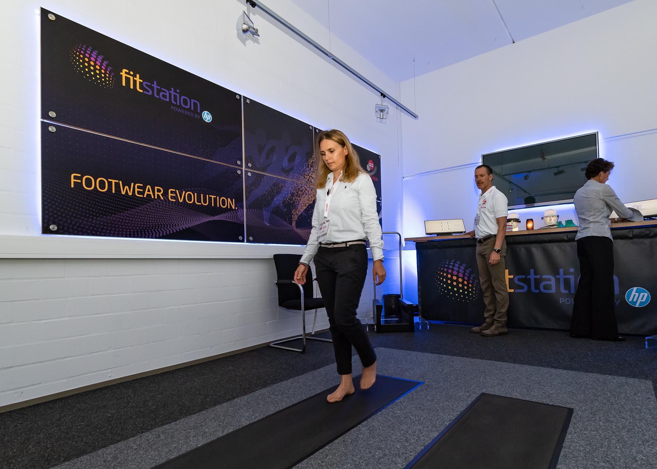 Gehbewegungen analysieren und so Daten für individualisierte Schuhmodelle gewinnen: Eine der Zukunfts-Ideen von Desma, Bild: Desma