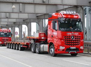 Megalift LKW